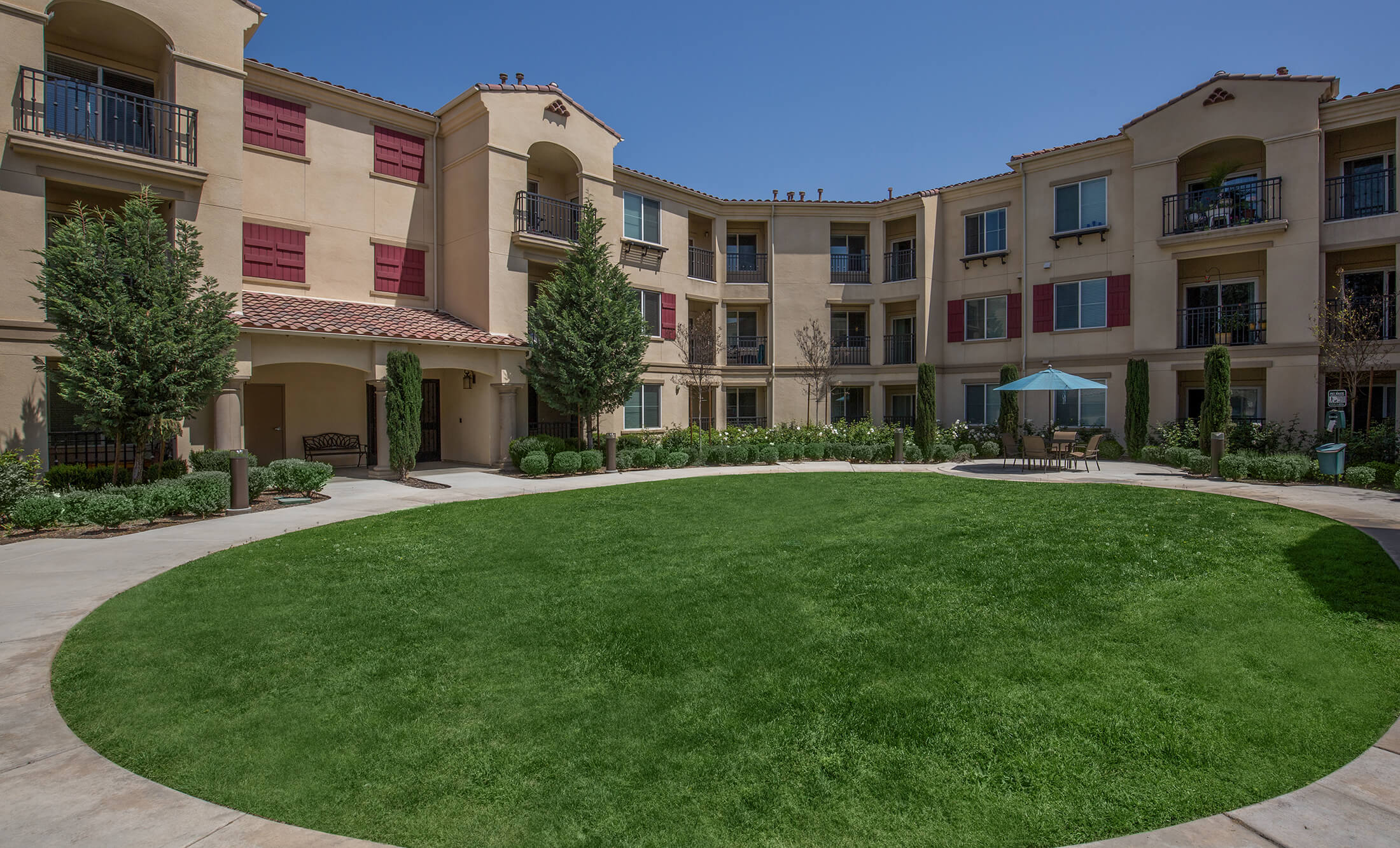 Great senior living communities in Chino